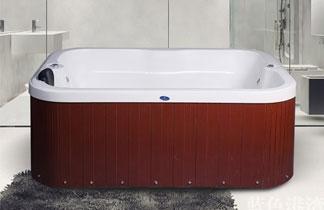 大型亚克力浴缸